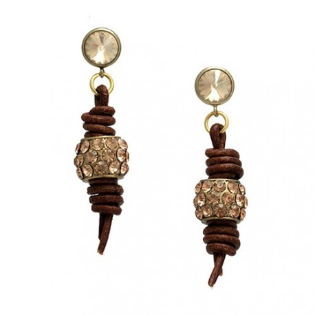 Brown Nashville | Earrings with leather and metal piece with swarovskis by MAR BCN